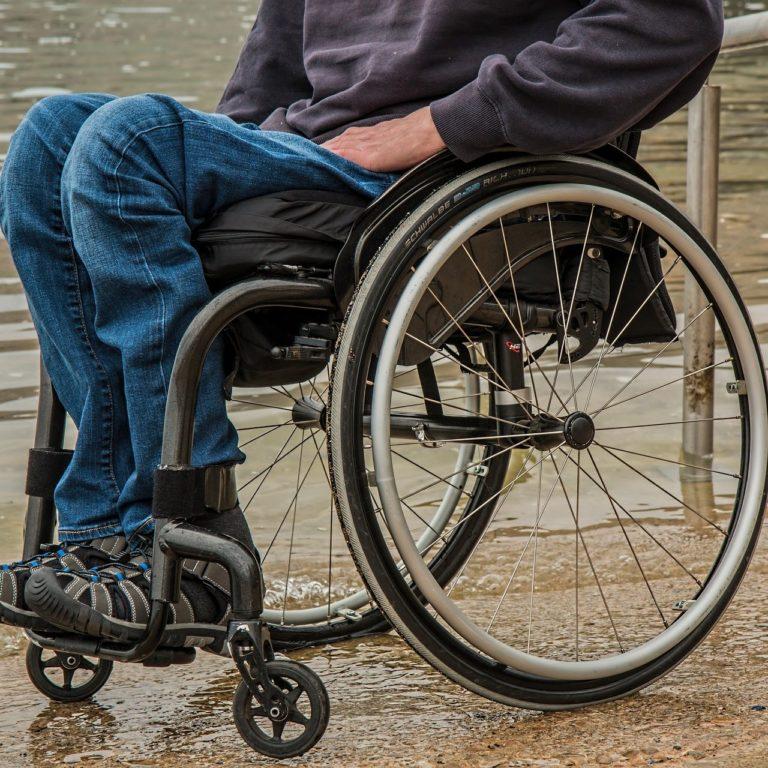 rolstoelen Caritatea